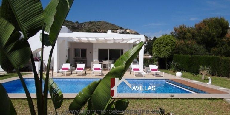 maison-hotes-avillas-commmerces-espagne-jaeva-3