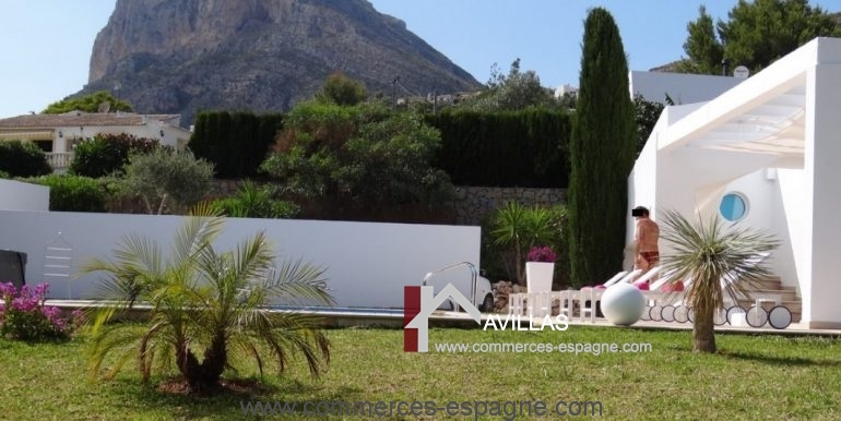 maison-hotes-avillas-commmerces-espagne-jaeva-5