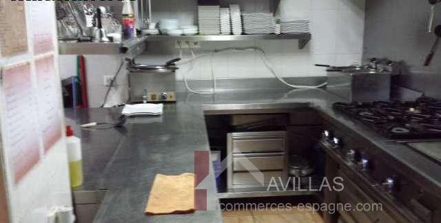 cuisine-pizzeria-a-vendre-albir-commerces-espagne.com