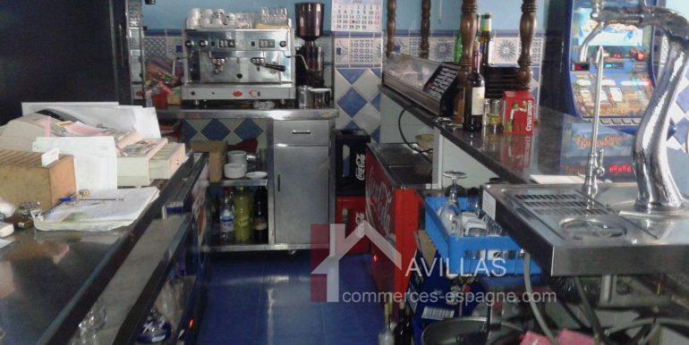 Estepona-commerces-espagne.com182701