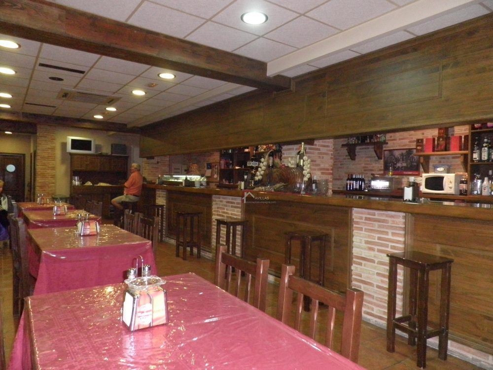 San Miguel de Salinas, bar restaurant rôtisserie