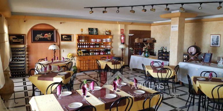 commerces-espagne-com-denia-restaurant-com12003-salle2-2