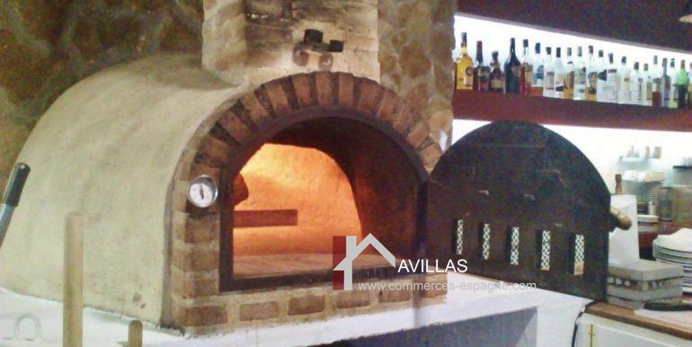 avillas-commerces-espagne.com-COM 03229 FOUR PIZZAS 2