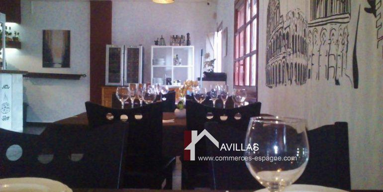 avillas-commerces-espagne.com-com 03229 salle tables