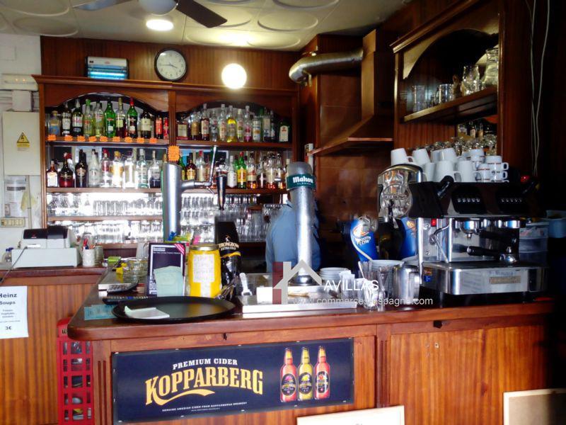 Benidorm, Bar, Tapas face mer