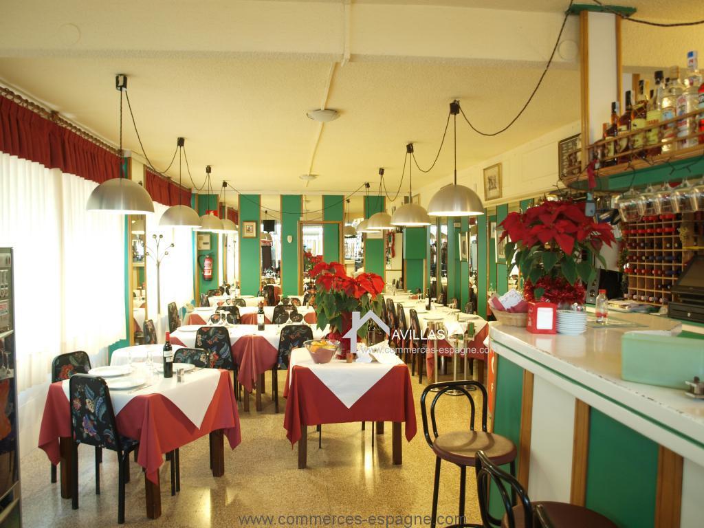 Alicante, Restaurant en première ligne de mer
