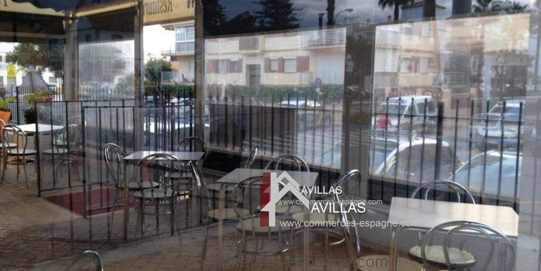 malaga-commerces-espagne-COM42-terrasse-couverte-3-1024x768