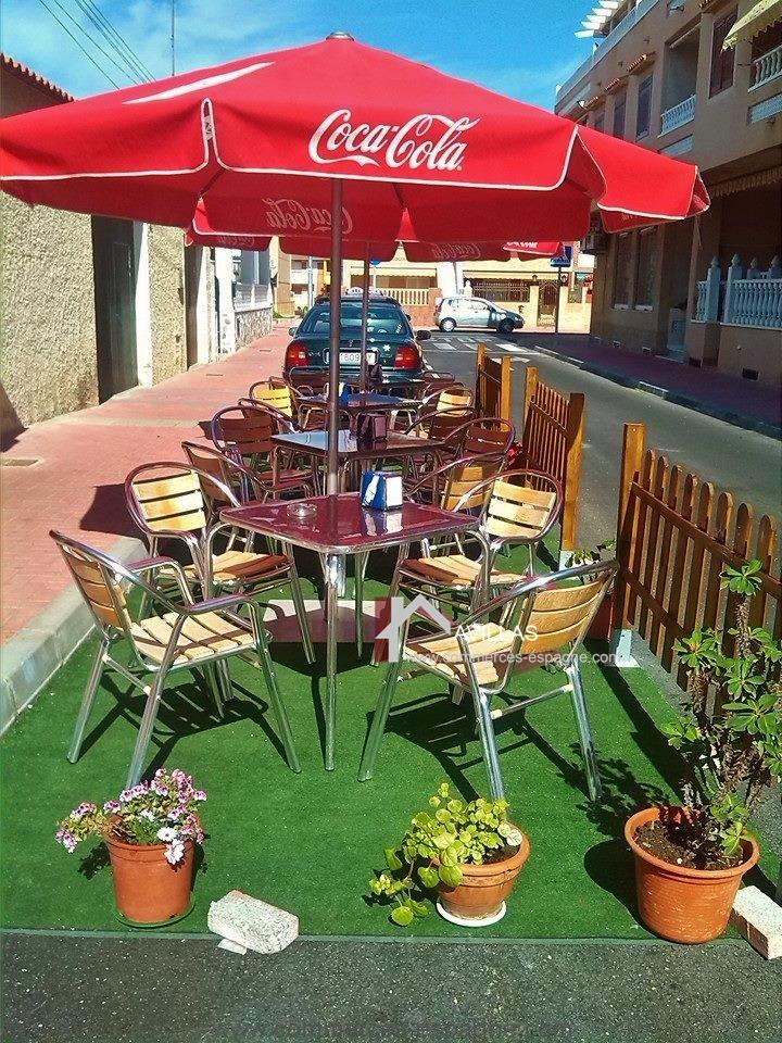Torrevieja, bar cafeteria avec appartement