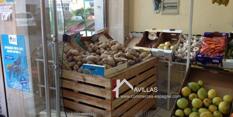 malaga-commerces-espagne-COM42006-étals fruits et légumes