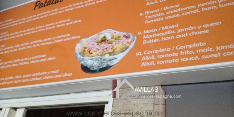 malaga-commerces-espagne-COM42008-plats affichés