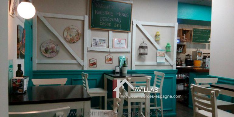 malaga-commerces-espagne-COM42013-salle6