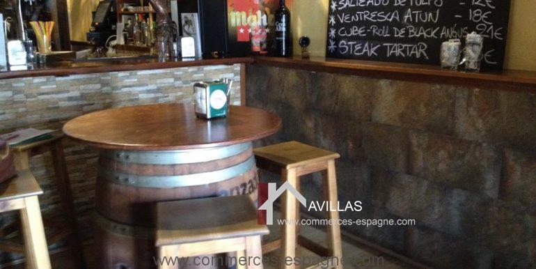 malaga-commerces-espagne-COM42016 -fût de bar