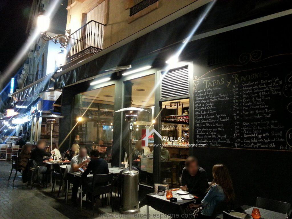 Alicante, restaurant au centre des activités