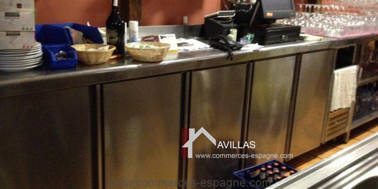malaga-commerces-espagne-COM42024-rangement bar