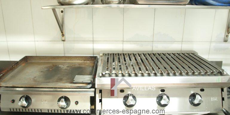 commerces-espagne-com35015-cuisine-3