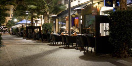 Torrevieja, bar de nuit