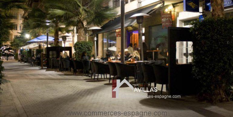 commerces-espagne.com COM  03252 terrasse nuit
