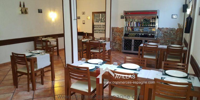 denia-bar-restaurant-COM120015-salle1