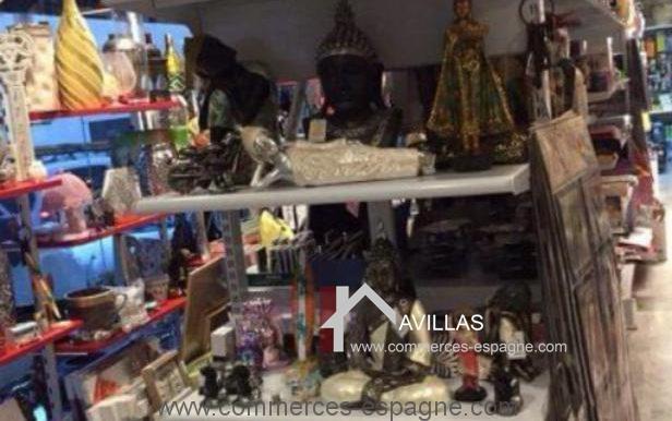 malaga-commerces-espagne-COM42033-présentoir1