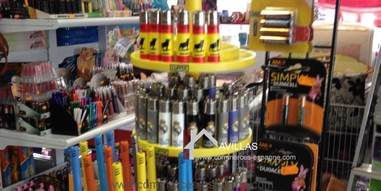 malaga-commerces-espagne-COM42033-présentoir3