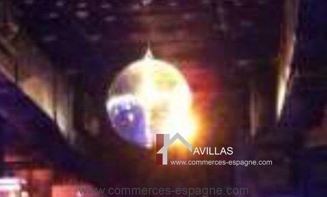 malaga-commerces-espagne-COM42035-boule lumineuse