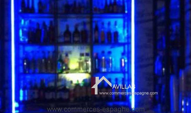 malaga-commerces-espagne-COM42035-rangement bar