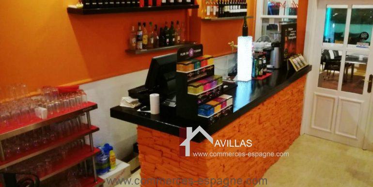commerces-espagne.com COM 03261 SALLE comptoir