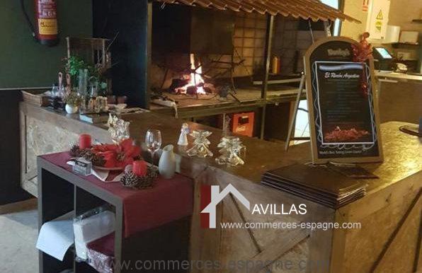 malaga-commerces-espagne-COM42047-cheminée1