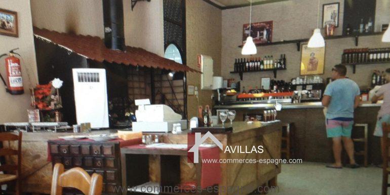 malaga-commerces-espagne-COM42047-cheminée2