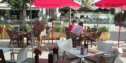 Albir, Café, salon de thé avec terrasse