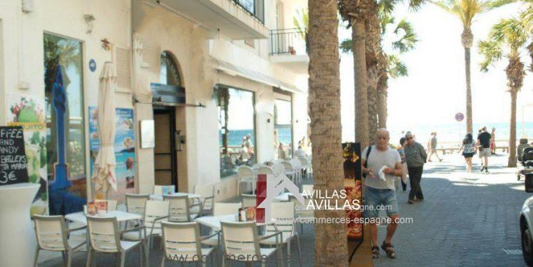 commerces-espagne-benidorm-COM35019-cafeteria-terrasse-900x675