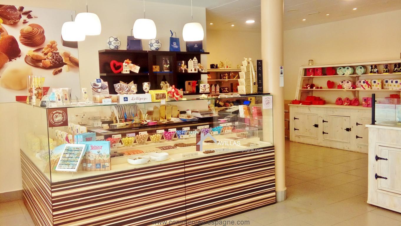 Torrevieja, Boutique de chocolat, marque internationale