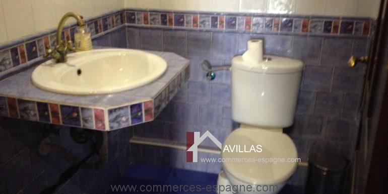 malaga-commerces-espagne-COM42057-toilettes