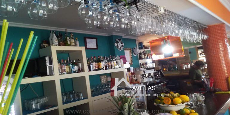 COM30005 salle bar comptoir 2-restaurant-glacier-avillas commerces espagne
