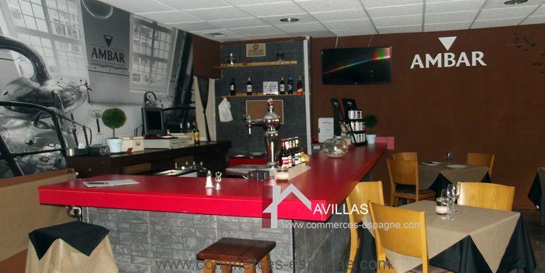 COM bar restaurant2