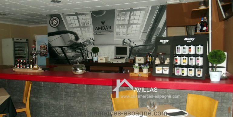 COM30008 bar restaurant 1