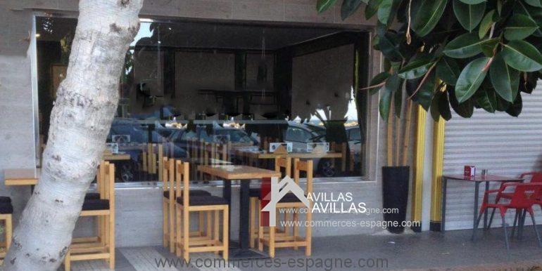 malaga-commerces-espagne-com42061-terrasse2-900x601