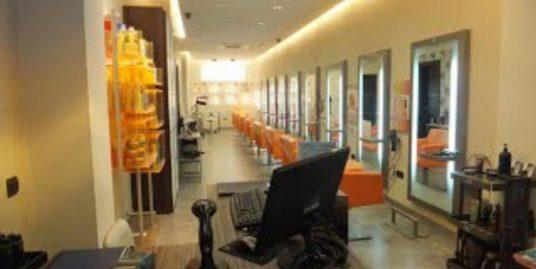Fuengirola, Salon de coiffure et esthétique