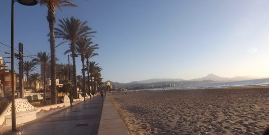 Alicante, restaurant vue mer