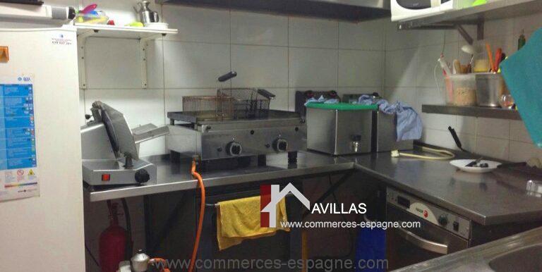cusine-1-avillas-commerces-espagne-COM12001