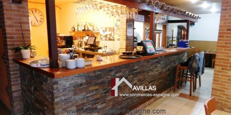 bar-restaurant-grill-Santa-margarita-comptoir-angle-COM17007