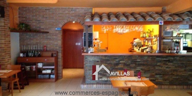 bar-restaurant-grill-Santa-margarita-salle-droite-COM17007