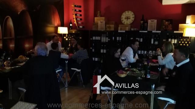 commerces-espagne-el-campello-com35023-bar-à-vins-tapas-salle2