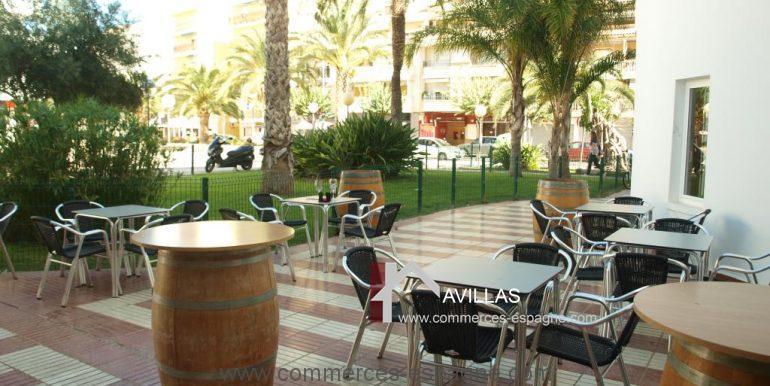 commerces-espagne-el-campello-com35023-bar-à-vins-terrasse2