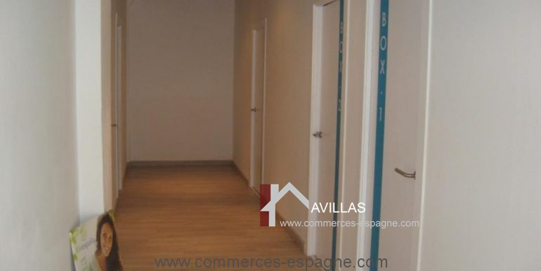 girona-estetica-couloir-COM17005