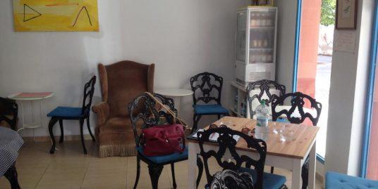 Malaga, Cafétéria, Bar sans alcool et cuisine saine