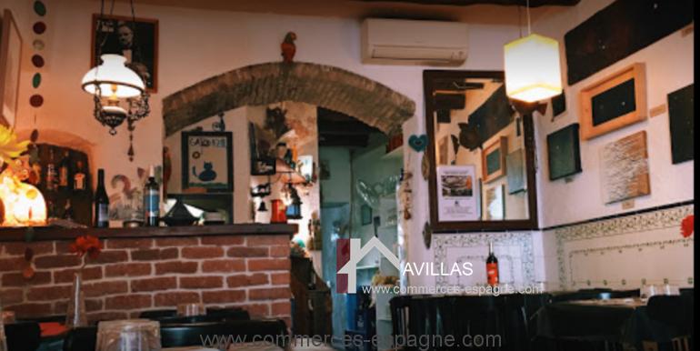 Cadaques-restaurant-el-gato-azul-interieur-COM17018