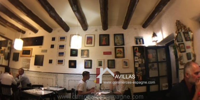 Cadaques-restaurant-el-gato-azul-salle-clients-COM17018