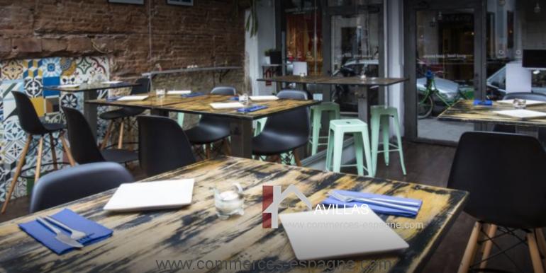 barcelone-restaurant-commerces-espagne-salle-COM17020