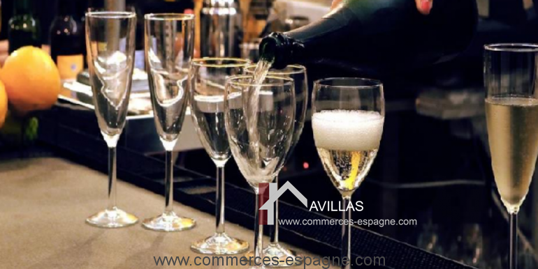 barcelone-restaurant-commerces-espagne-salle-champagne-COM17020